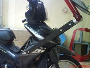 MOTOR-DudukanDepan2013